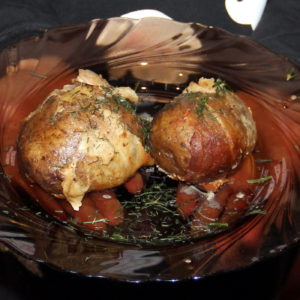 картопля в беконі